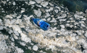 Rifiuti nei fondali marini, Mediterraneo e Atlantico invasi dall'immondizia