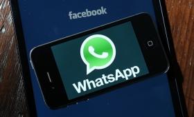 WhatsApp a pagamento, è un messaggio bufala