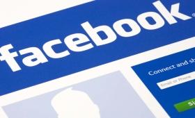 Pubblicare su Facebook le foto dei figli: ecco i rischi