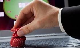 Giochi online controllati dalla 'Ndrangheta: oscurati 82 siti, sequestri per 2 miliardi