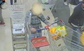 Furti al supermercato, pensionato rubava 600 euro mensili in monetine